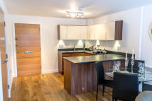 1 bedroom Studio apartment to rent in Park Lodge Avenue...