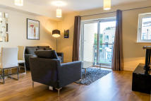 1 bedroom Apartment to rent in Blagrove Road...