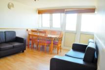 2 bed Flat to rent in Windsor House...