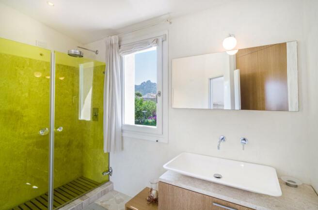 Bathroom shower sink Villa Cassedda Porto Cervo Sardinia