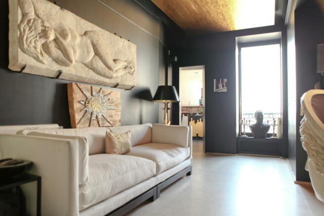 Living space marble floor Etoile Avenue President Wilson Paris