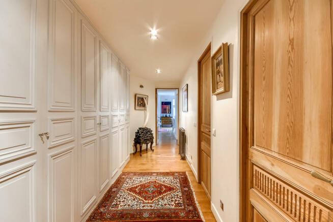 Hallway wood floor wooden doors Rue Jean Mermoz Paris