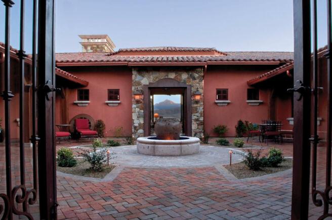 Courtyard South Mill Ranch Arizona
