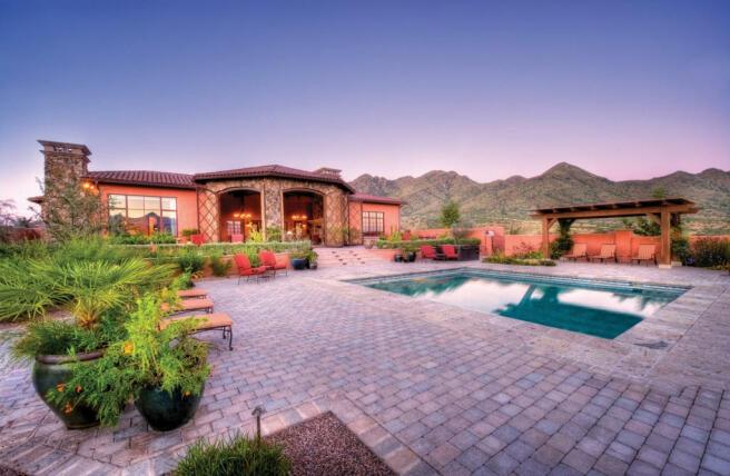 Swimming pool sun terrace rear facade South Mill Ranch Arizona