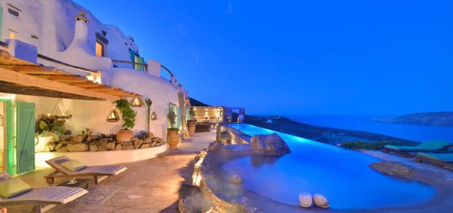 Infinity edge swimming pool ocean sea view Lia Mykonos