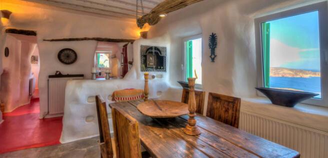 Dining room stone Lia Mykonos