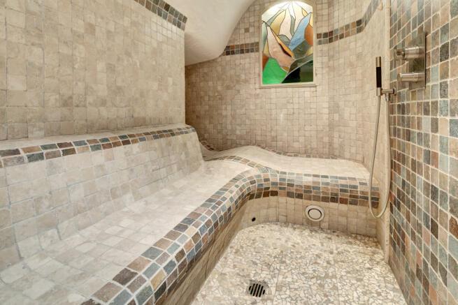 Sauna spa wet room shower tiled Chalet Feuille d'Erable Verbier