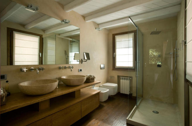 Bathroom twin sink wood floor shower Villa Ross Sardinia