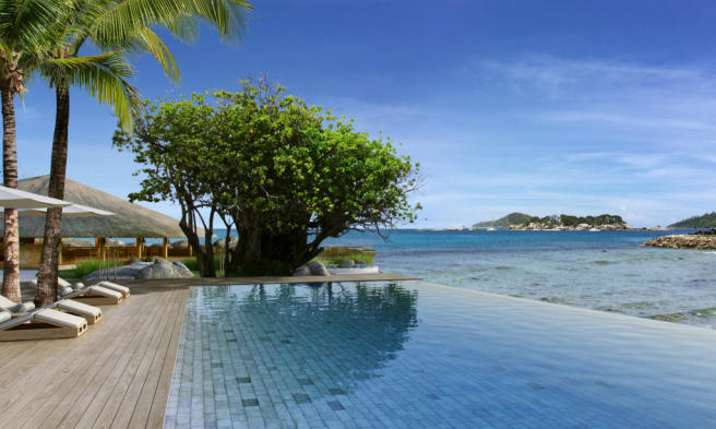 Swimming pool sun terrace ocean sea view Zil Pasyon Residences Seychelles