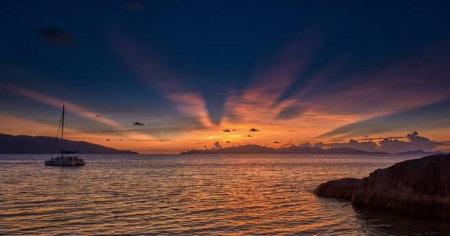 Sunset_Six Senses Zil Pasyon