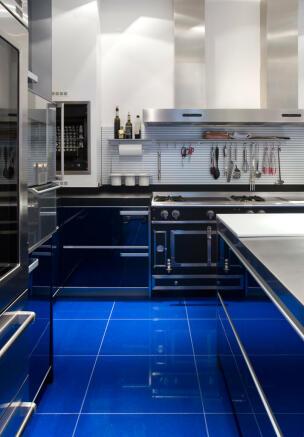 Kitchen appliances extractor hood Phalsbourg Paris