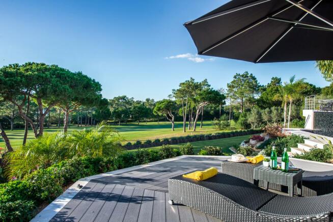 Sun terrace garden Villa Sara Quinta do Lago Algarve