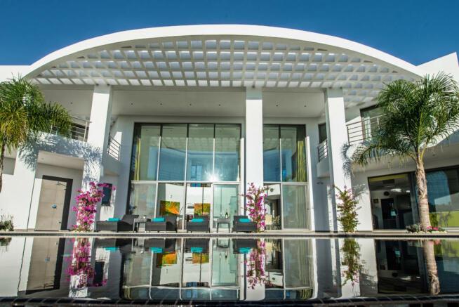 Rear facade Villa Sara Quinta do Lago Algarve