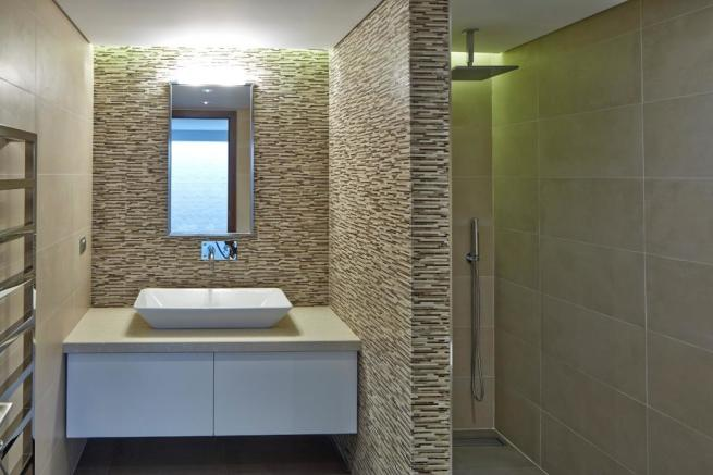 Bathroom modern stone tiles tiled Villa Moderno Algarve