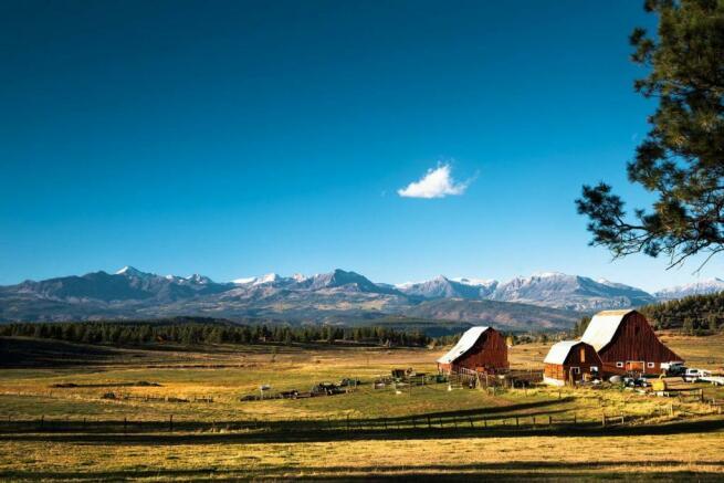 Facade mountains view plot Jackson Creek Ranch Colorado