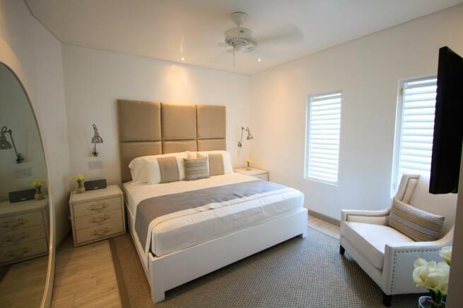 Bedroom master wood floor Footprints Barbados