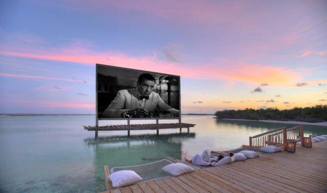 Cinema Paradiso over water at Soneva Jani
