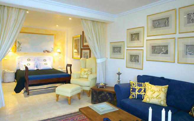 Bedroom master tiled floor Ftelia Mykonos