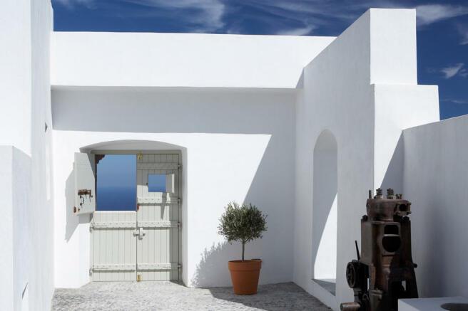 Entrance Villa Fabrica Santorini
