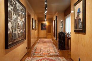 Hallway art gallery The Penthouse Av de Pau Casals Barcelona