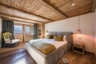 Bedroom wood floor balcony doors Residence Alex Verbier