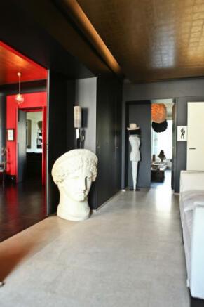 Hallway marble floor leather panel roof Etoile Avenue President Wilson Paris