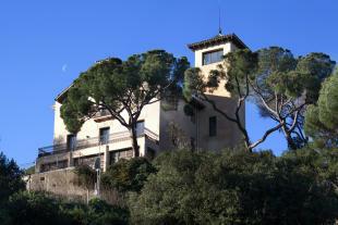 Facade Villa Paula Zona Alta Barcelona