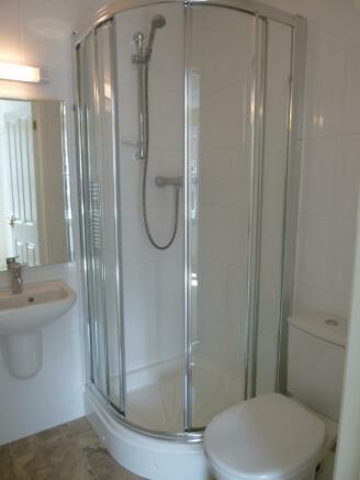 Ensuite Shower Room/Wc