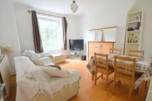 3 bedroom Flat in Law Street, Borough