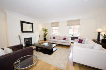 4 bed house in Woods Mews, London. W1K