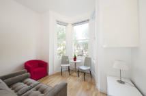 1 bed Flat to rent in Chippenham Road...