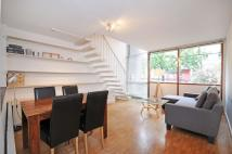 2 bed Ground Flat in Golden Lane Estate...