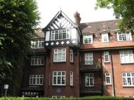 Flat for sale in Moreland Court...
