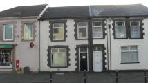 3 bedroom Terraced property in Brithweunydd Road...
