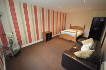 Flat in Bedsit Room 1...