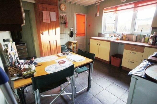 Kitchen/Breakf...