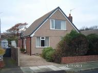 Bungalow to rent in MILBURN AVENUE