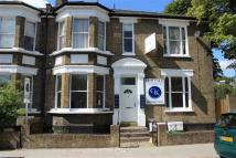 Apartment to rent in Sandbourne Road