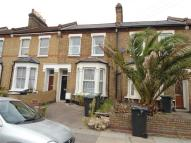 Apartment to rent in Engleheart Road...