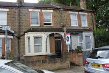 3 bed Apartment to rent in Old Road, Lewisham