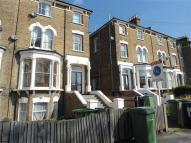 Apartment to rent in Northbrook Road