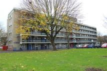 2 bedroom Apartment in Woodcoat House...