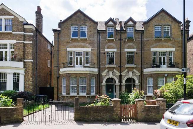 2 Bedroom Apartment For Sale In Lewisham Park SE13
