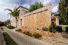 5 bed Villa for sale in Quarteira, Portugal