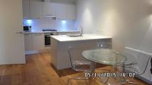 Flat to rent in High Street, London, N14