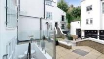 Town House to rent in Park Walk, London, SW10