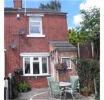 2 bedroom semi detached house to rent in Spring Grove...