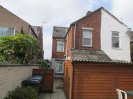 1 bedroom Flat in Holbrook Lane