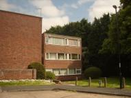 2 bed Flat in Balmoral Close