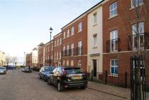 2 bedroom Flat in Brassthill Way...